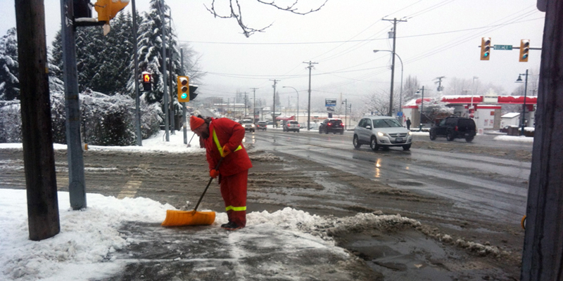 Help keep Port Moody sidewalks clear and safe
